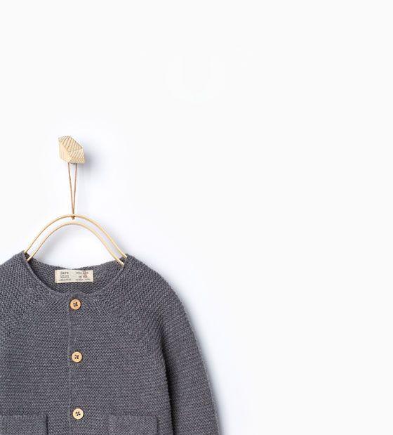 Imagen 4 de Chaqueta punto bolsillos de Zara