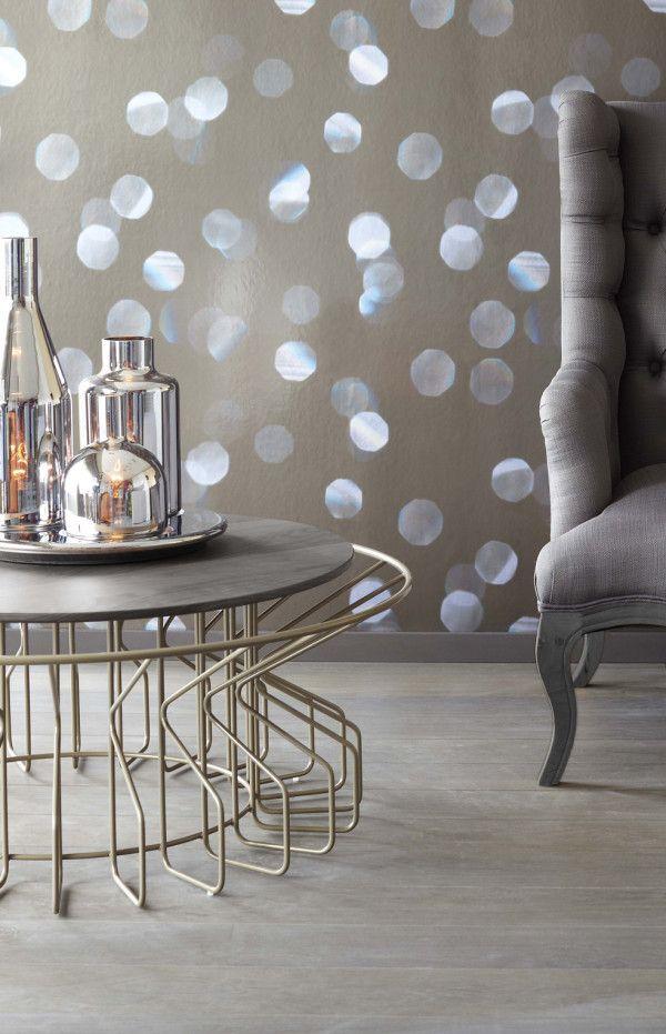 Amarant Salon table with Eijffinger wallpaper