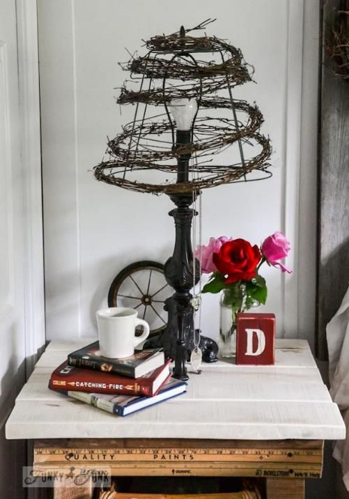 A Quirky Twiggy Wire Lampshade In Seconds Wire Lampshade Funky Junk Interiors Decor