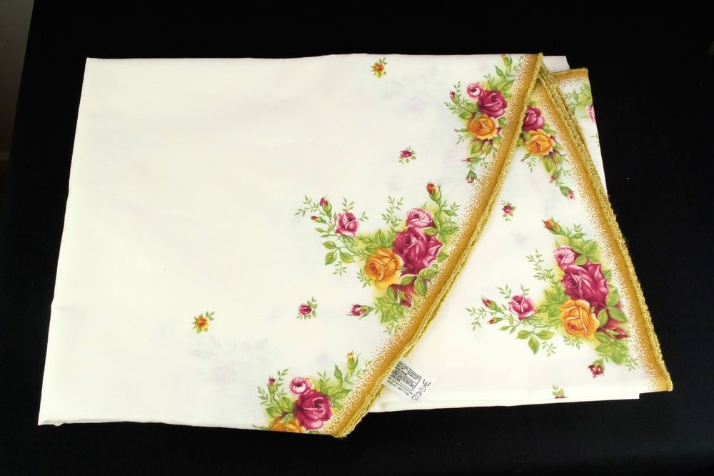 Royal Albert Old Country Roses Round Tablecloth 168cm 66 Vgc With