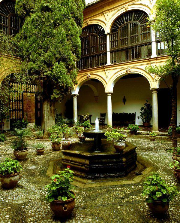 parador san francisco, cercano palacios de la alhambra, granada