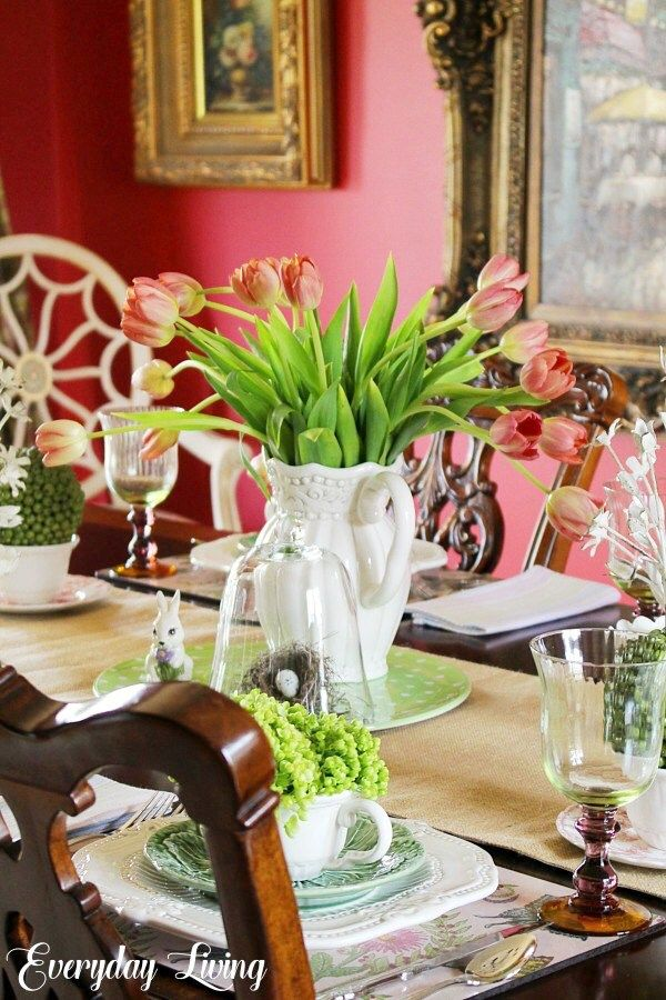 Tablescape Tuesday: Bouquets of Spring
