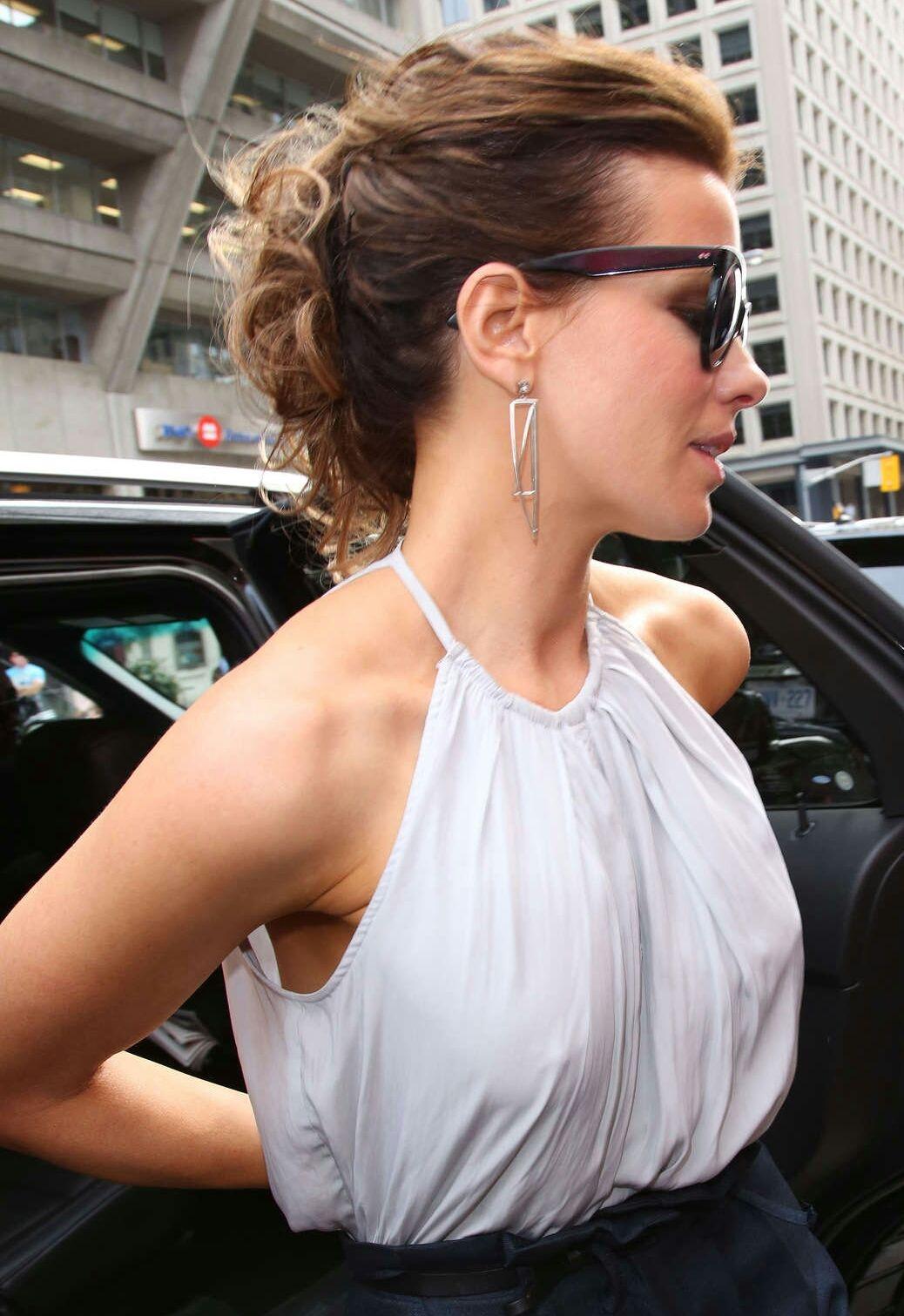 Alexis Ren: The Most Fuckable Fashionista. 2018-2019 celebrityes photos leaks!