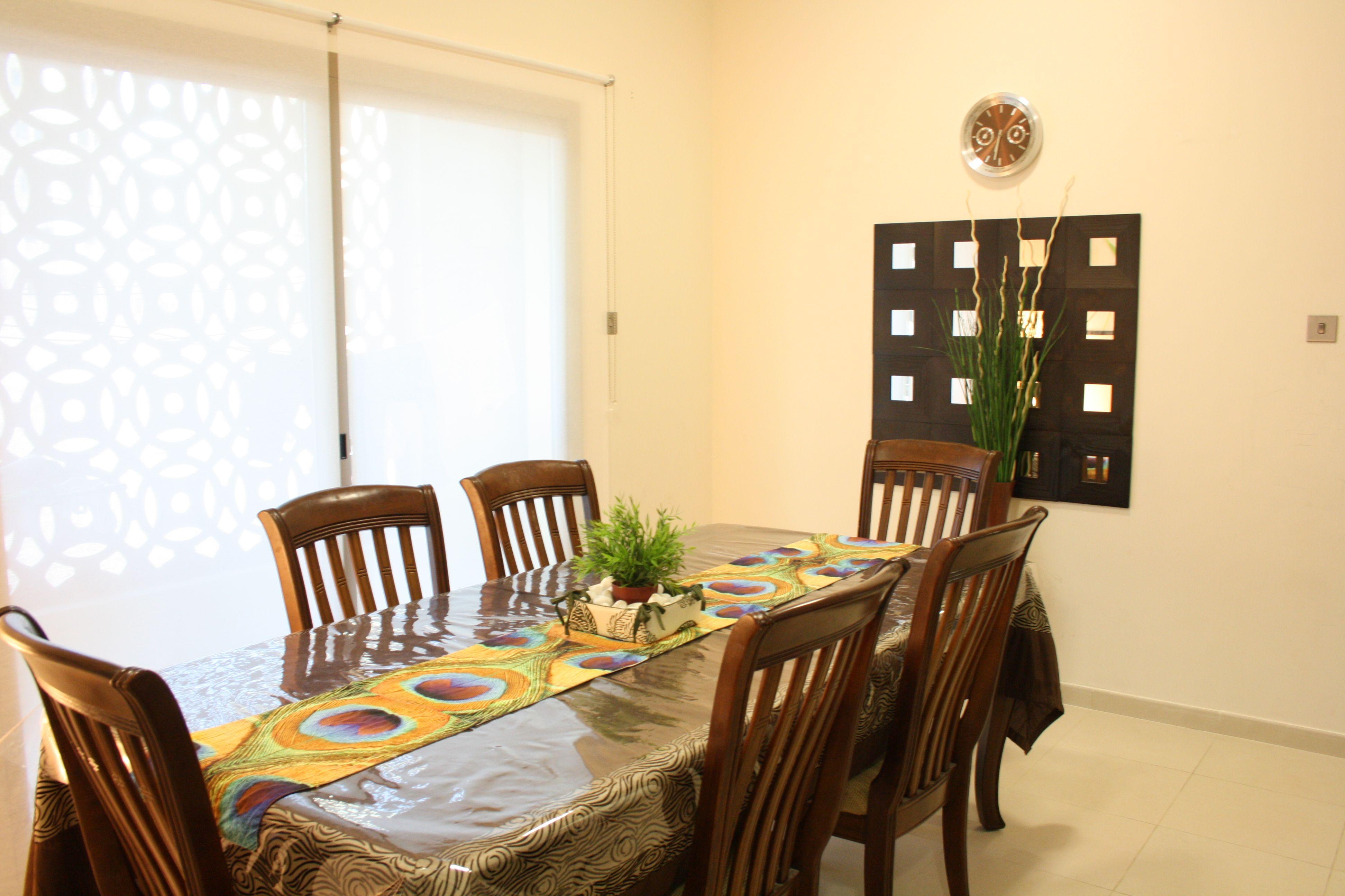 Dining room Decor Idea.
