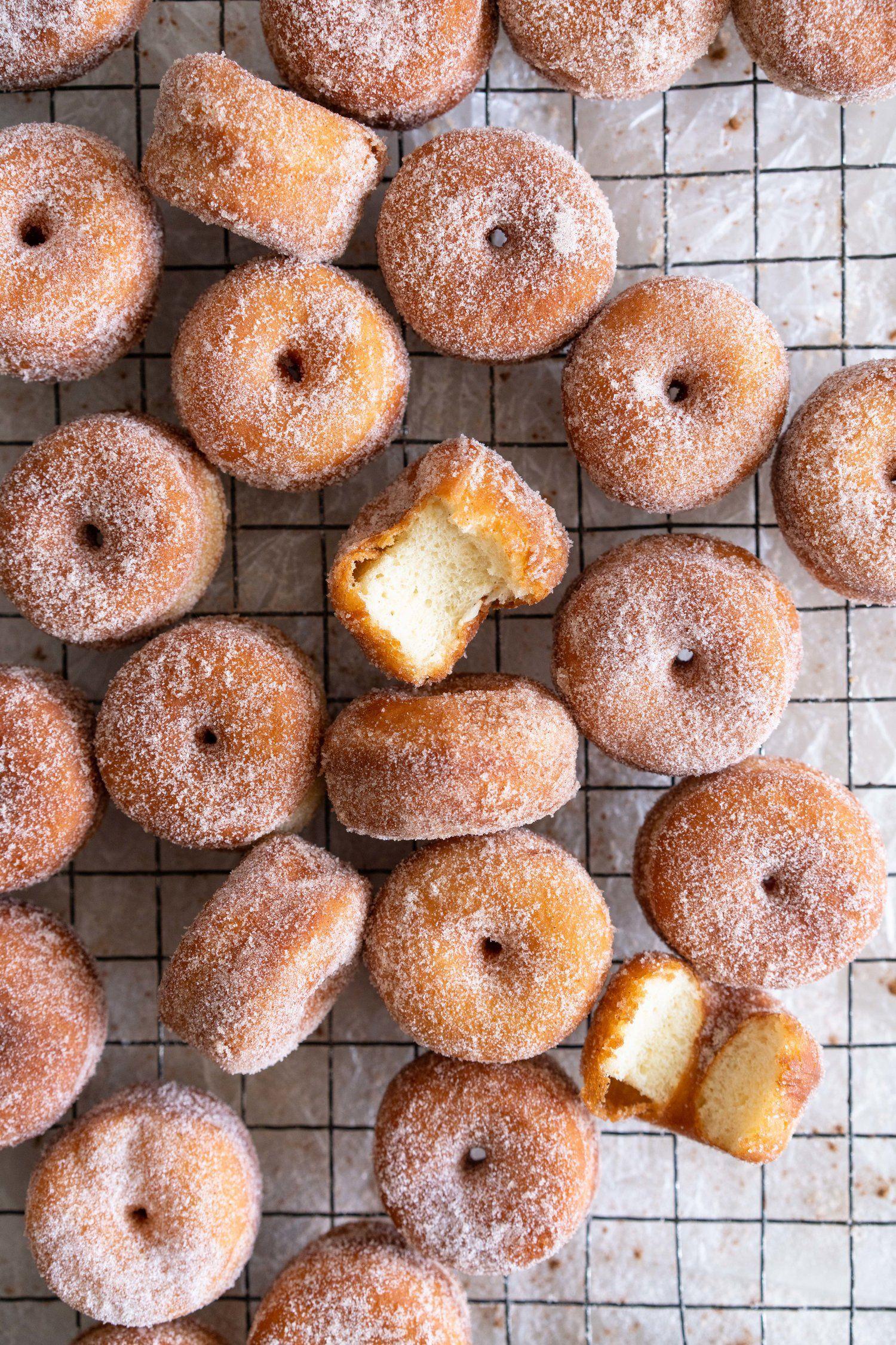 Mini Cinnamon Sugar Brioche Doughnuts  Cloudy Kitchen #brioche #cinnamon #cloudy #doughnuts #kitchen #sugar