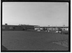 hoek Jan Bottemastraat (achterzijde): piet laroostraat 1954