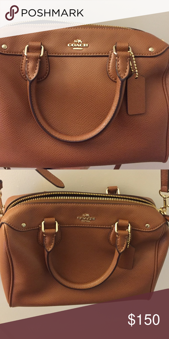 Semi new coach bag Used once, perfect condition. Coach Bags Shoulder Bags