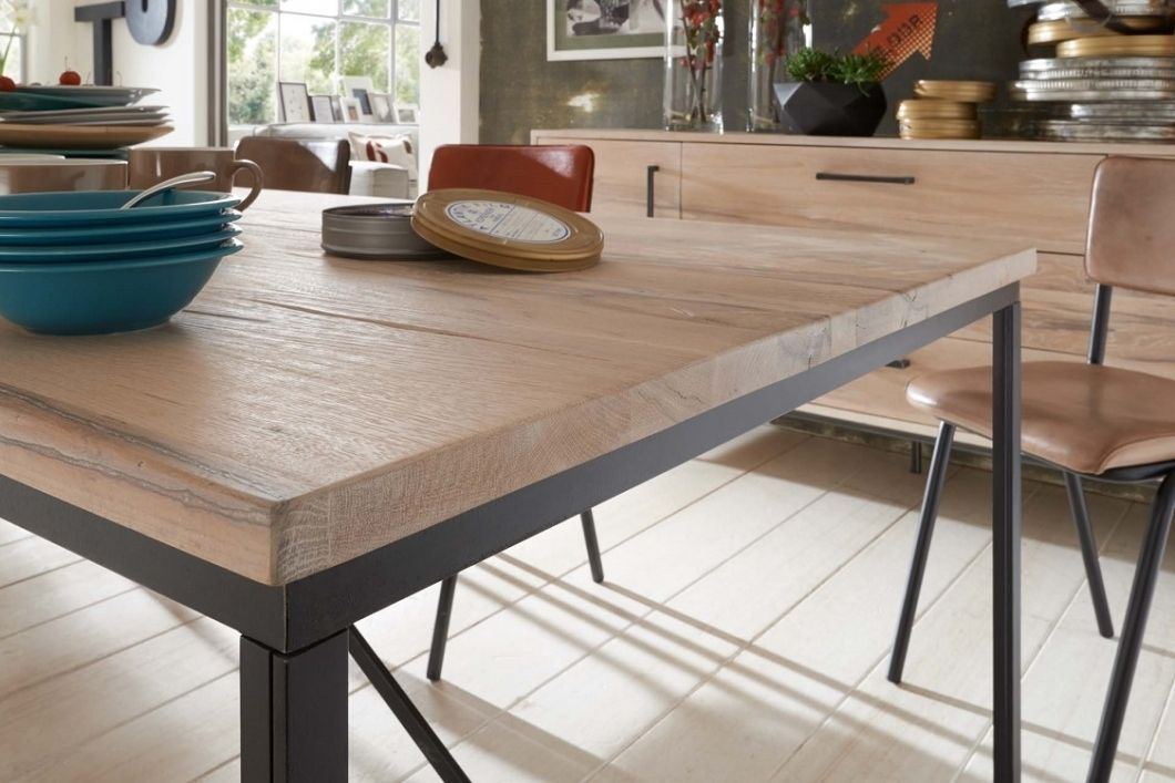 Tavolo da pranzo master in legno massiccio, moderno e di ...