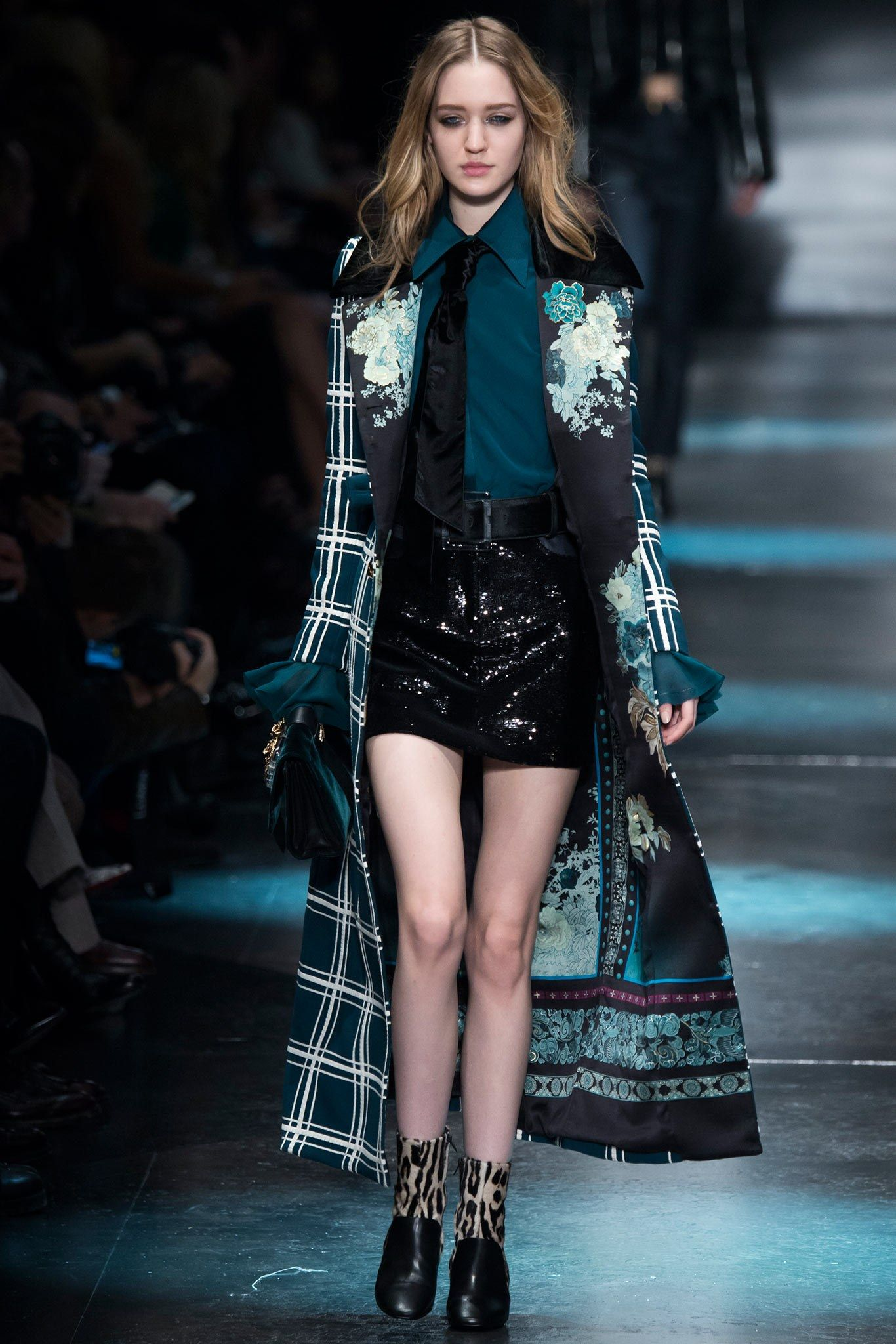 Roberto Cavalli Fall 2015 Ready-to-Wear Collection Photos - Vogue