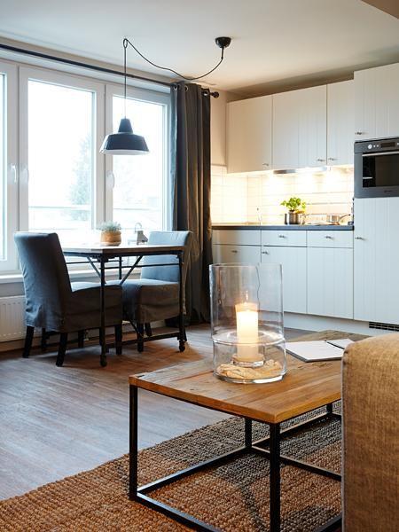 Gemütliche Küchenzeile in moderner 1-Zimmer-Wohnung in Hamburg