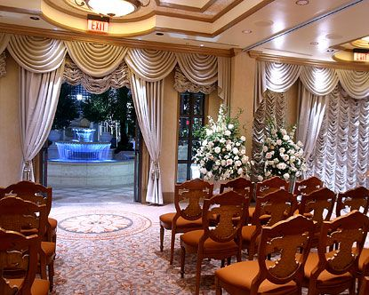 Find Information On The Options For A Vegas Wedding Package Including Helicopter Tours Hotel Deals And Elvis Weddings