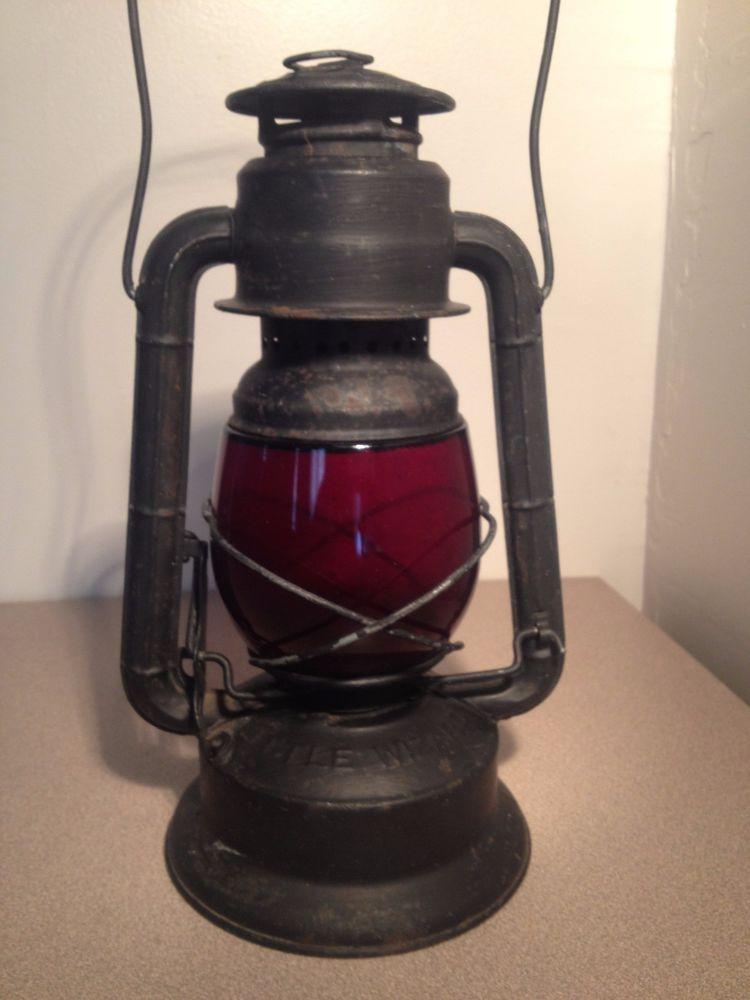 ANTIQUE-VINTAGE DIETZ LITTLE WIZARD RED GLASS BLACK RAILROAD LANTERN 11.5