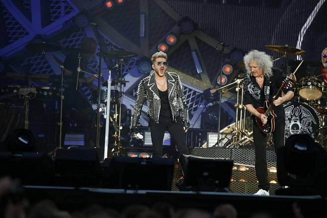 Adam Lambert ja Brian May.