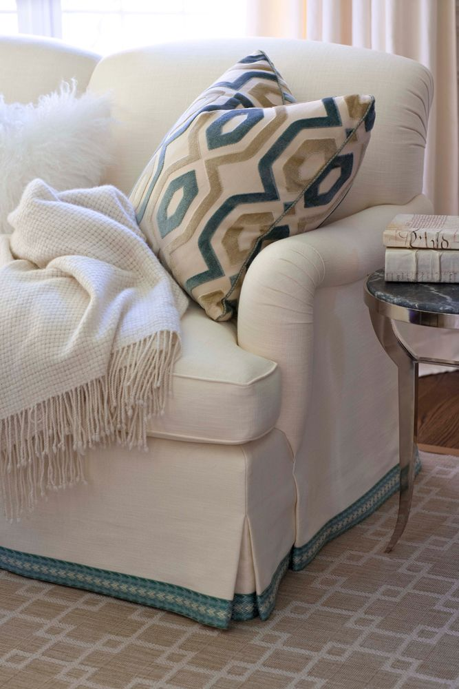 Merveilleux I Never Thought Of Adding A Ribbon Or Trim To My Slipcover   But Itu0027s Fab  And I Could Change The Colors For The Season!!