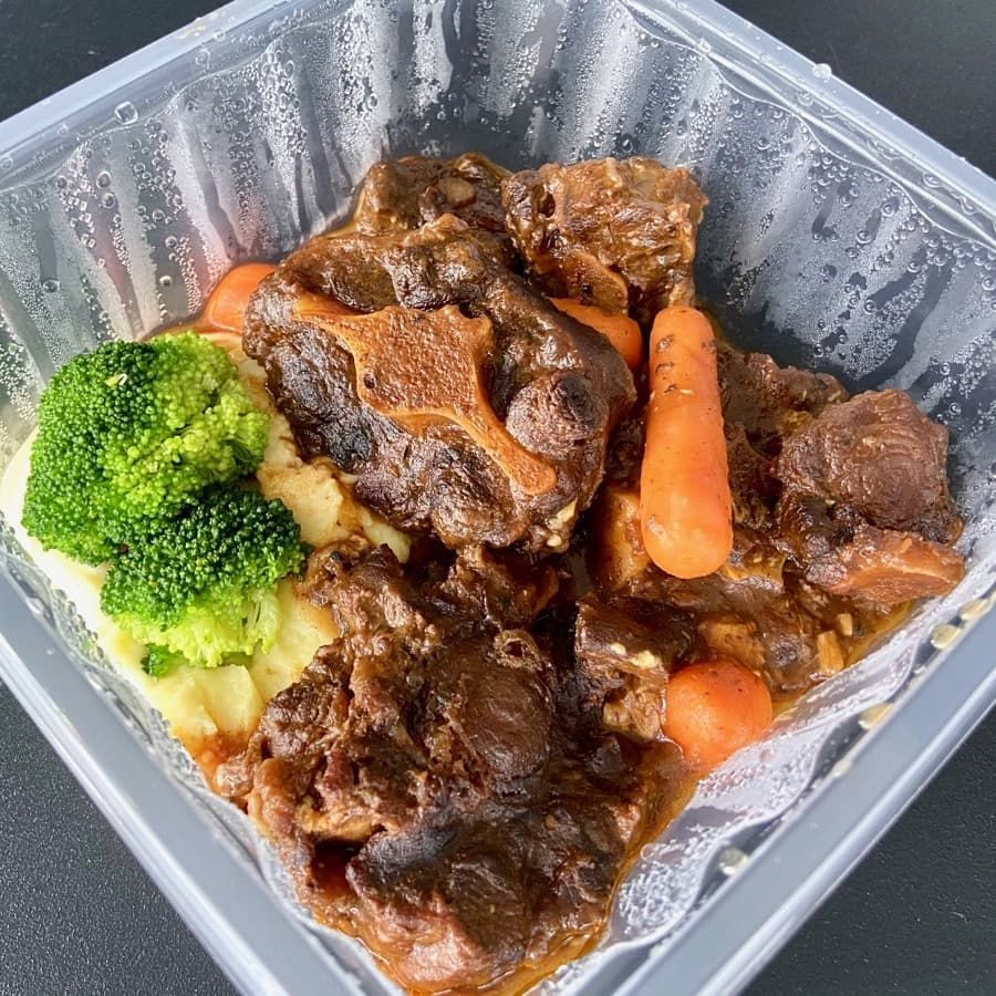 Oxtail Stew From Nuss Guild House Kent Ridge Sgeats Sgfood Nussguildhouse Takeawaysg Ordinarypatrons In 2020 Oxtail Stew Oxtail Stew