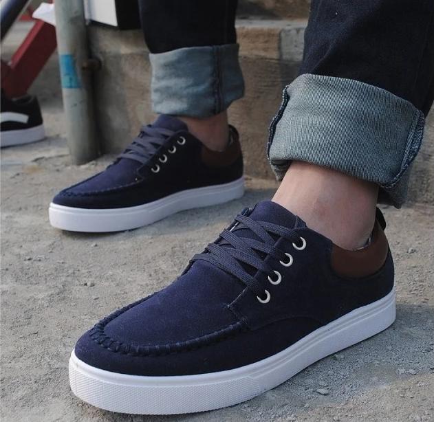 *** พร้อมส่ง *** รองเท้าผ้าใบผู้ชายไซส์ 42 สีน้ำเงินแบบผูกเชือกแต่งขอบผ้าหนัง Nubuckหนังสีน้ำตาล สไตล์เกาหลี(มีพื้นรองเท้าเพิ่มส่วนสูงแถม)