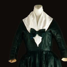 Explore ~ Historic Threads: Three Centuries of Clothing ~ Colonial Williamsburg's Museum Collection Online Exhibit