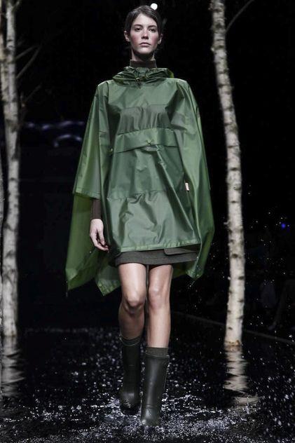 Hunter Original Ready To Wear Fall Winter 2014 London - NOWFASHION