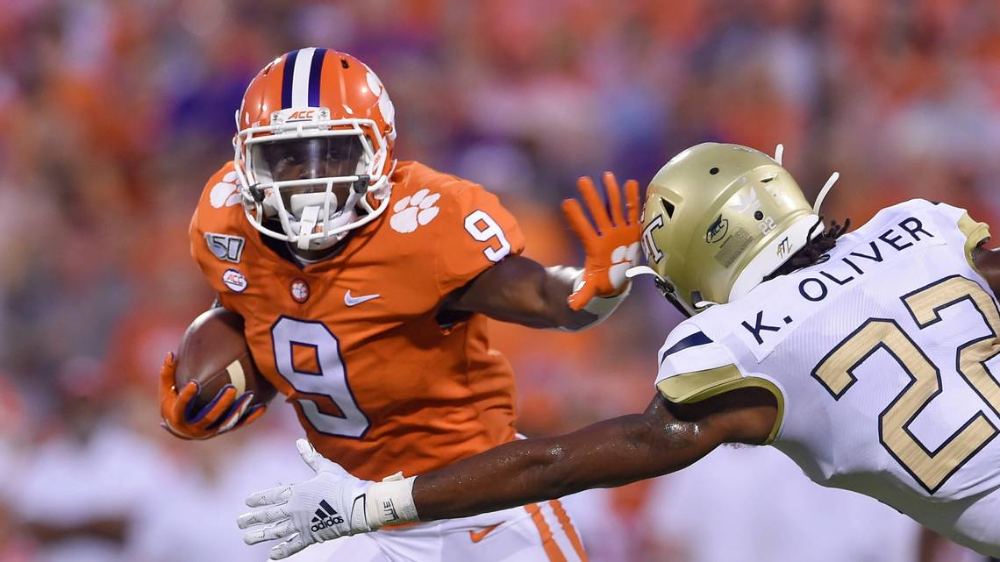 Etienne, not Lawrence, kicks off Heisman campaign