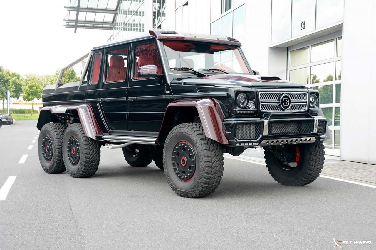 Mercedes-Benz-G63-6x6-by-Brabus-with-red-carbon-fiber-1