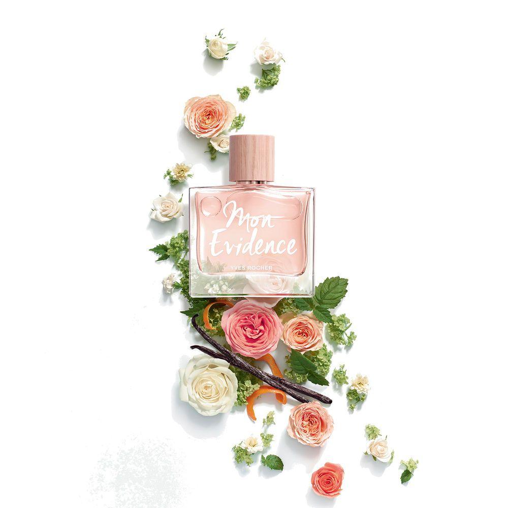 Idee Par Leyla Sur Photographie Parfum Eau De Parfum Instant