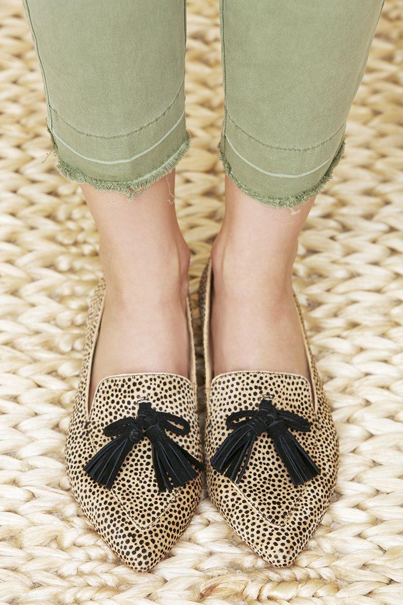 c86df610ea2 Cheetah pointed tassel loafers