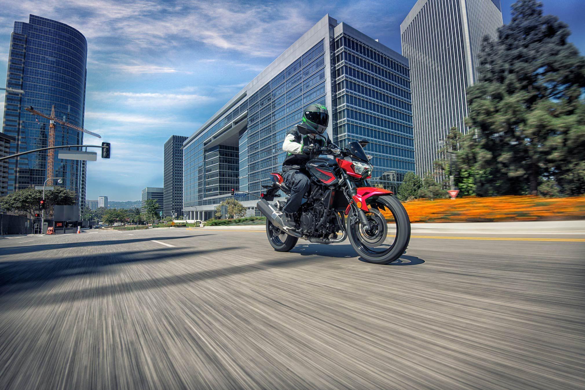 2021motorcyclemodels Motorcycle News 2021 Abs 2021 Kawasaki Z400 Abs Guide 2021 Kawasaki Z400 Abs Navigate The Urban Kawasaki Z400 Kawasaki Motorcycle