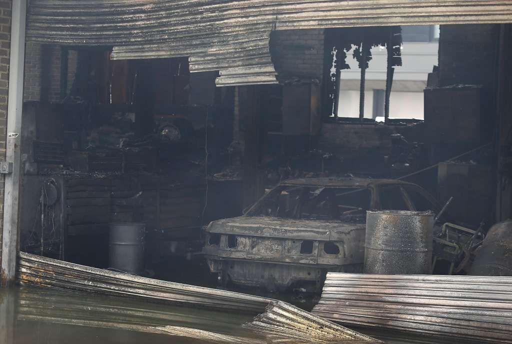 Fire destroys unfinished complex in Emeryville, spreads to