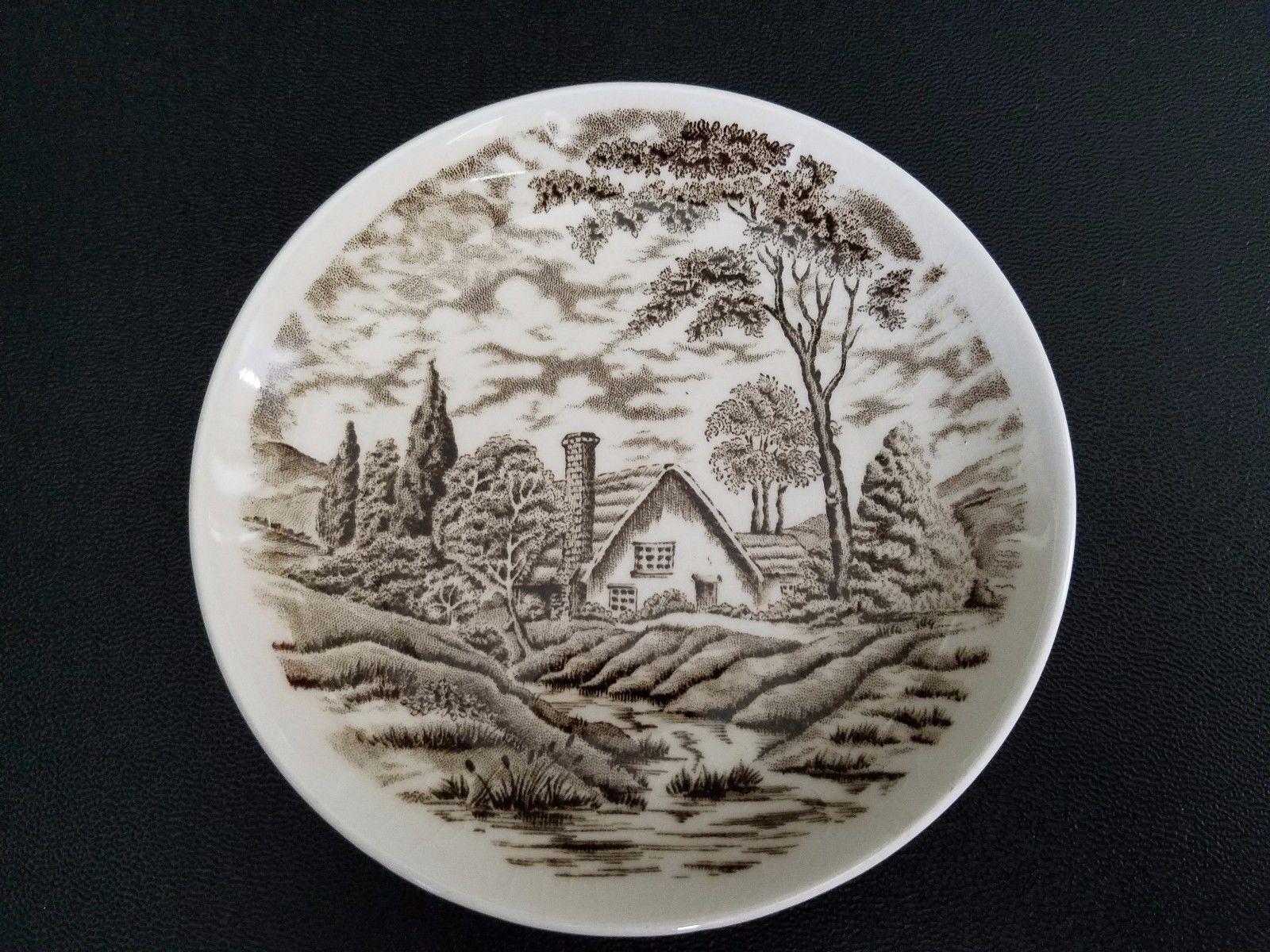 Porcelain dish with miniature woodland
