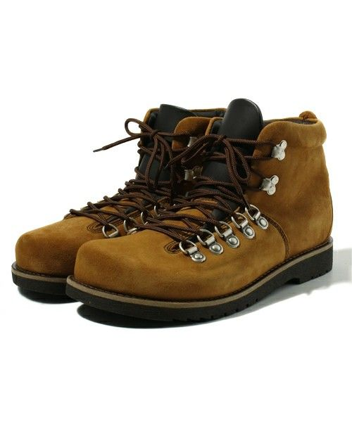 38a90f602f2 Pin by Kevin Chew on kicks | Hiking boots, Boots, Shoes