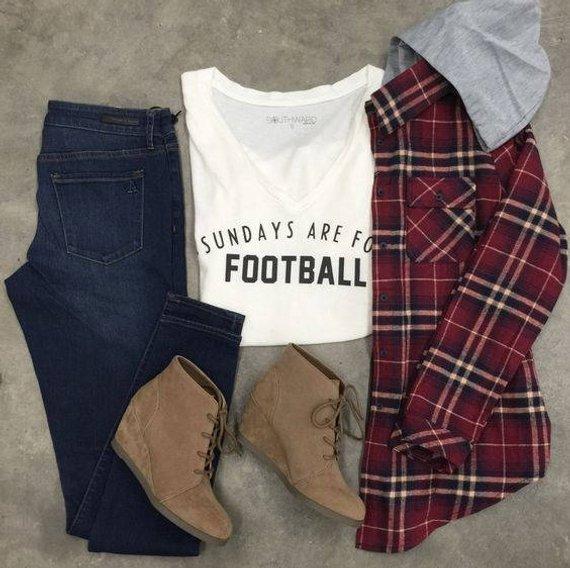 325d633f6b79 Sundays Are For Football ladies v-neck tee