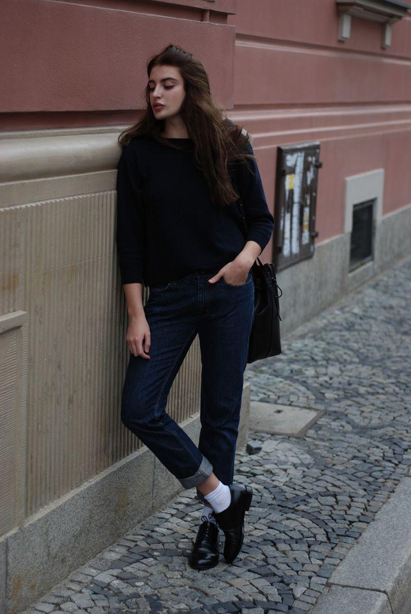Horkruks: jeans & woolen sweater