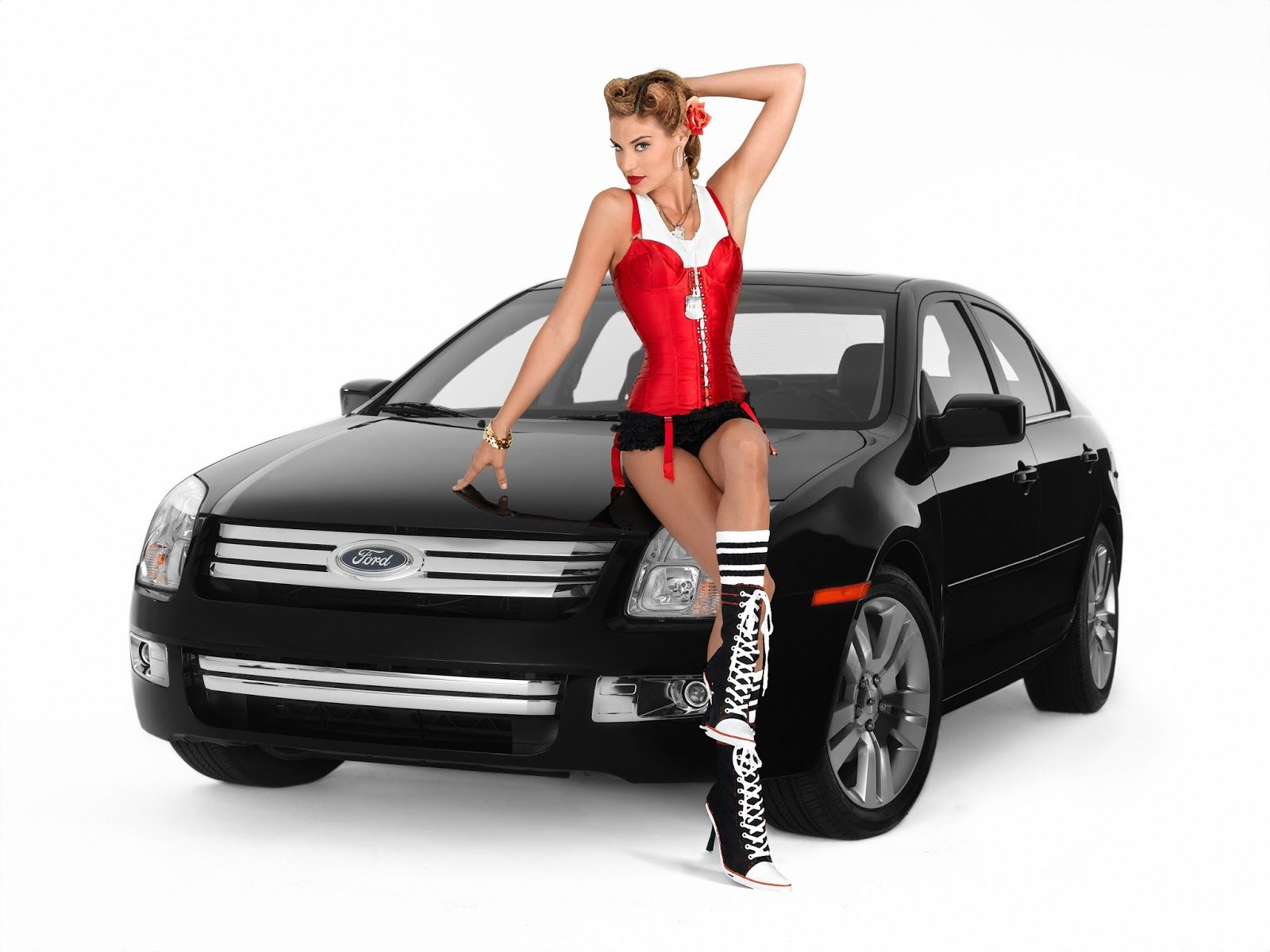Lisa d amato 1940s vargas pin ups with a ford fusion