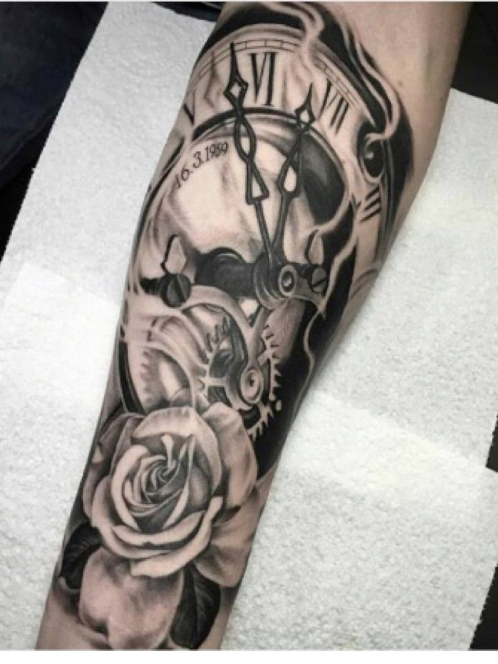 pingl par darre sur id e tatouage tatouage colombe tatouage et id es de tatouages. Black Bedroom Furniture Sets. Home Design Ideas