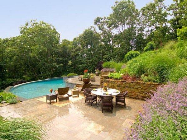 Garten Pool Terrassen Stützmauer Naturstein Gestaltung Idee - garten mit pool gestalten