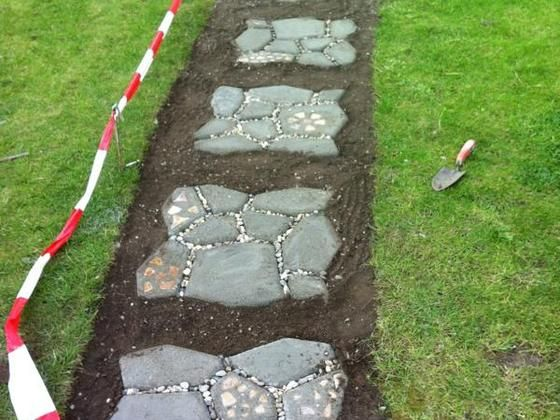 Pflastersteine und Gartenweg selber machen Bauanleitung zum selber - gartenwege anlegen kies