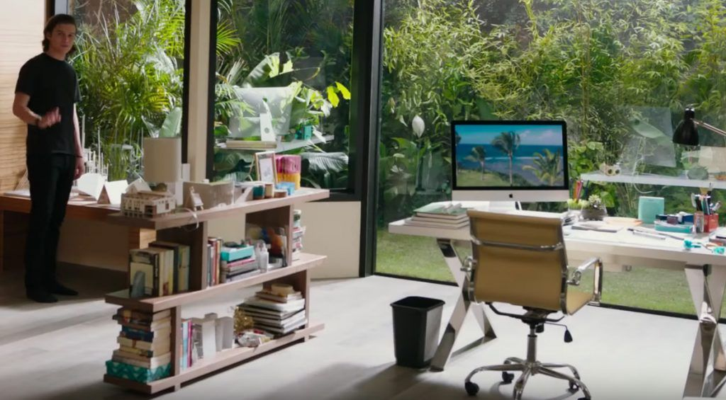 iMac in Everything, Everything (2017)   Spaces, Room and House