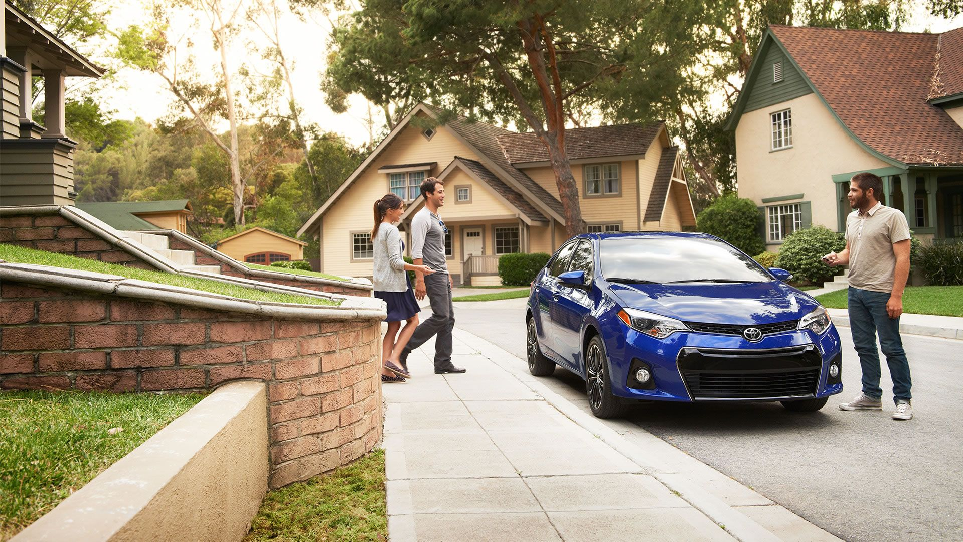 Toyota Dealers In Kansas >> Perfect For Hangouts Toyota Corolla Toyota Toyota Dealers