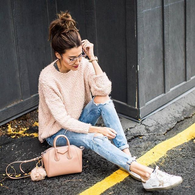 @hellofashionblog #streetstyle #fashionblogger #ootd #instafashion #style #sneaker #fashion #streetfashion