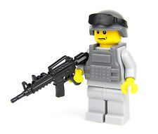 Army Modern Soldier with custom M4 Rifle tactical vest custom LEGO R