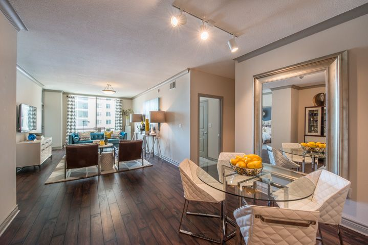 Uptown Dallas Apartments Photo Gallery The Mondrian At Cityplace Some 1 Bdrms Have Den Study Dallas Apartment Apartment Home