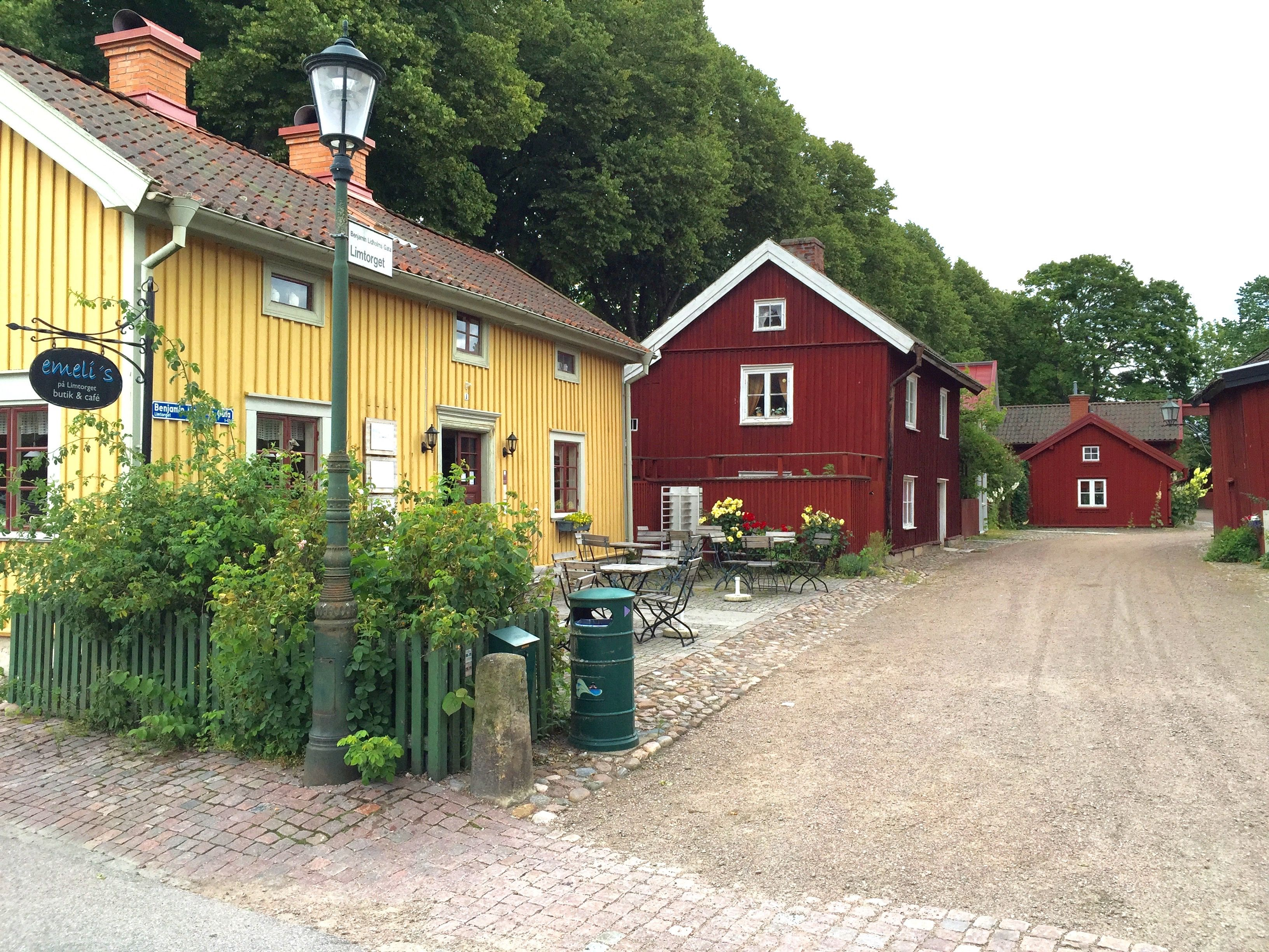 Old town in Lidköping with Emeli s Cafe to the left in the yellow