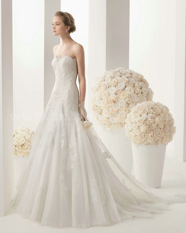 http://www.lanlanbridal.co.uk/rosa-clara-120-malory-lace-and-tulle-size2-to-26w-bridal-gown-p-1073.html