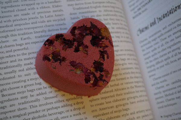 Love Bath Bomb – Witch Baby Soap