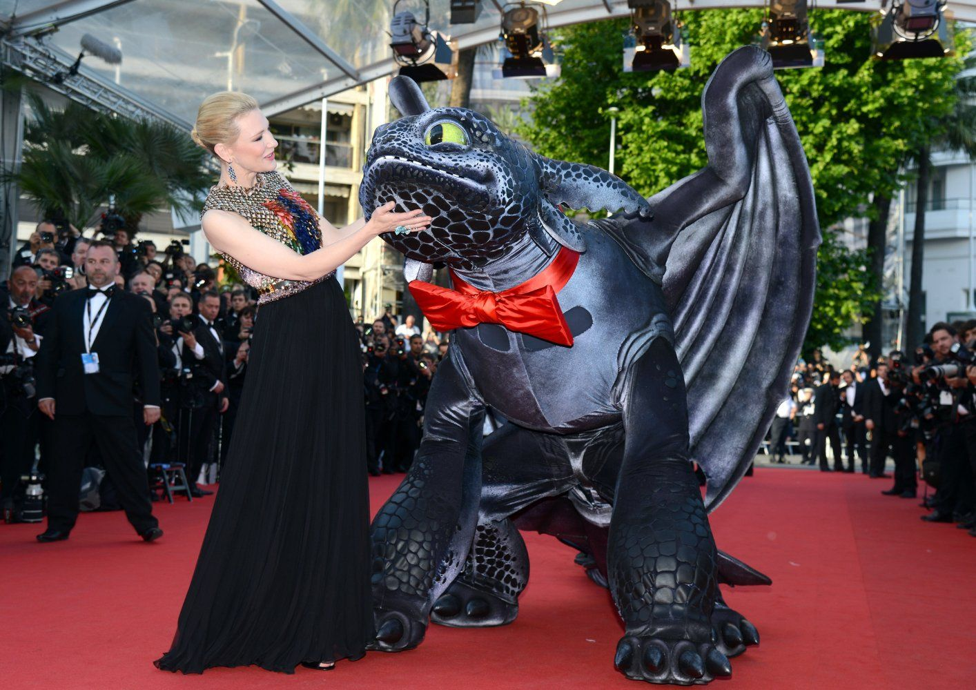 Winter  Dress And Chopard Jewellery At The Premiere Of How To Train Your Dragon 2   Her