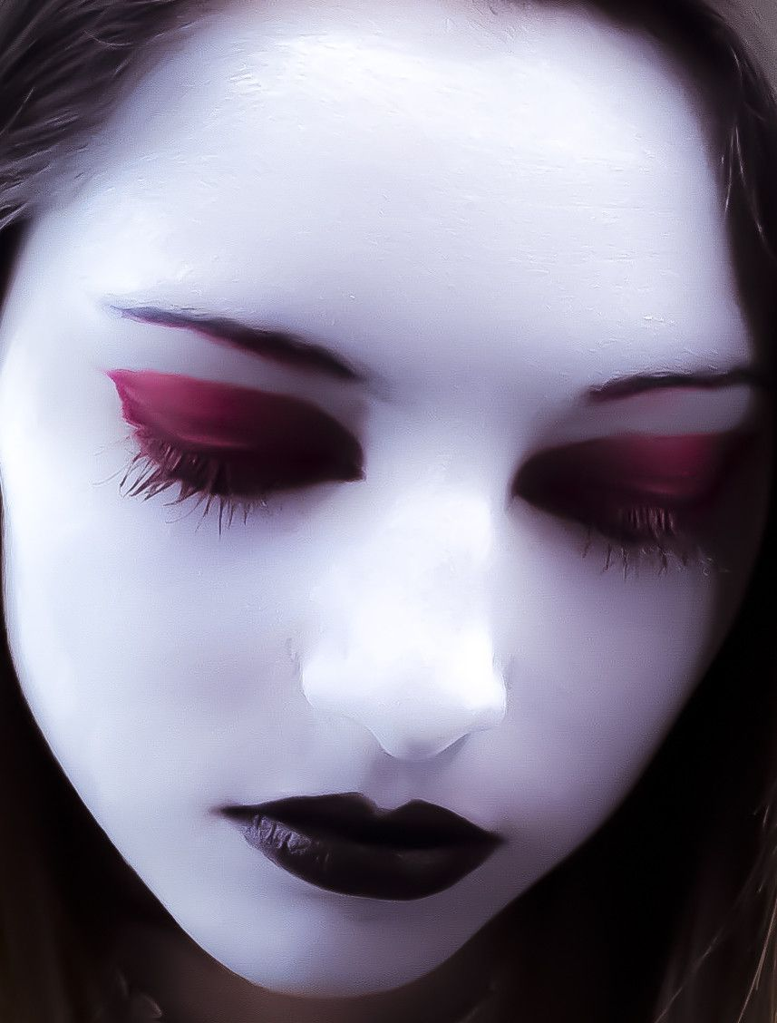 Sinister Black Lipstick Cosplay Gothic Makeup