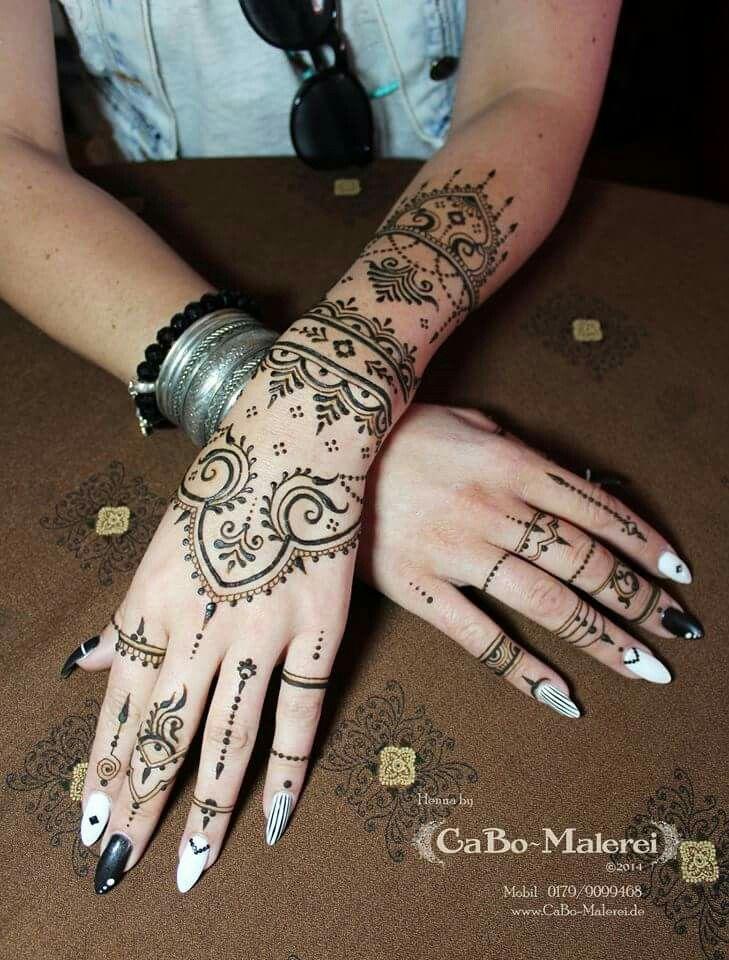 henna tattoo berlin neuk lln cabomalerei hennaberlin hand natural mehndi mehandi. Black Bedroom Furniture Sets. Home Design Ideas