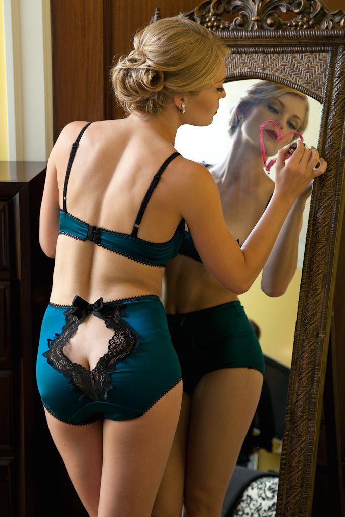 Looking to try the ouvert panties with cut out or open backs  These brands  are doing it best 71f7f2869