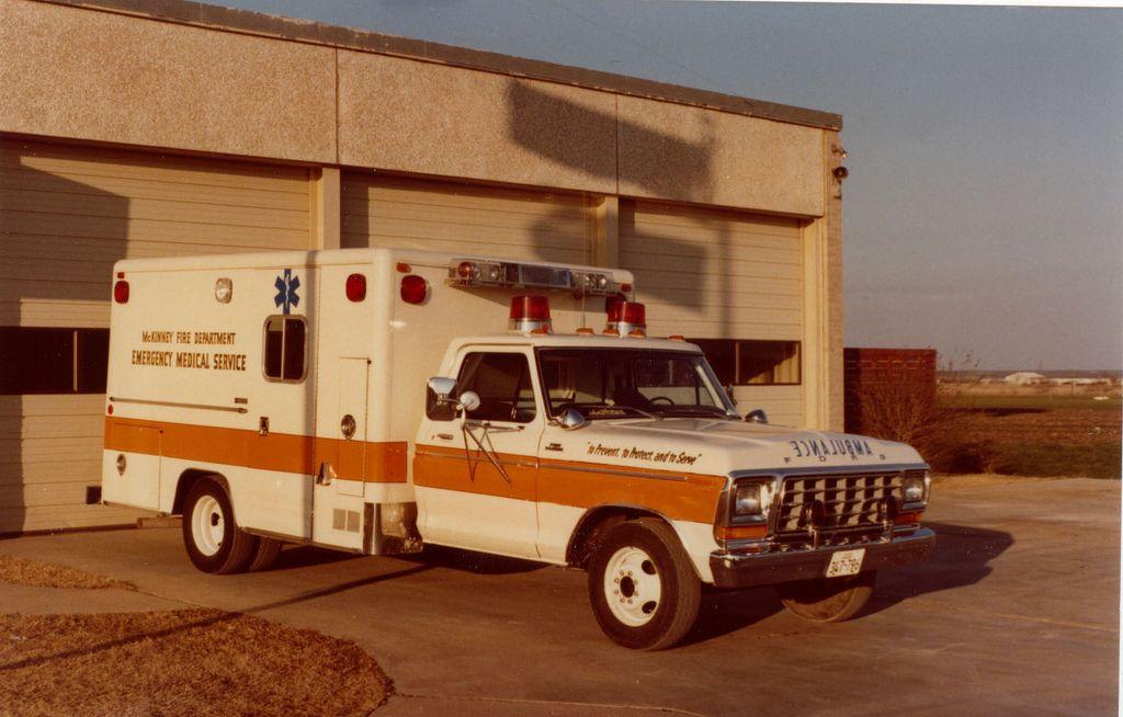 Early Mckinney Fire Department Ambulance Ambulances Ems