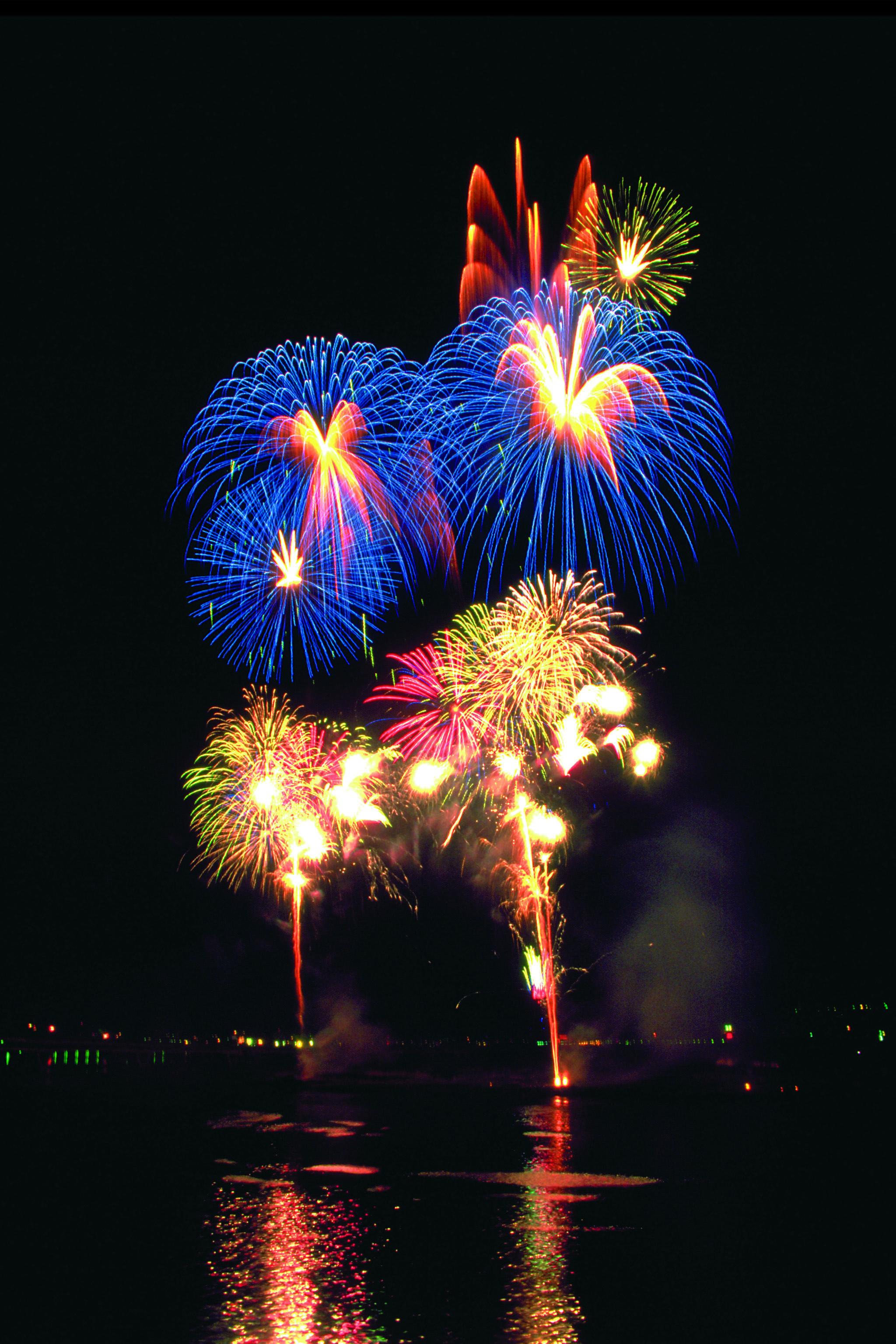 #reflections #fireworks #pyrotechnics